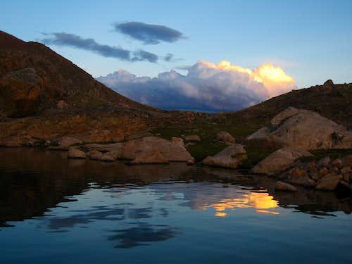 Shelf Lake reflection