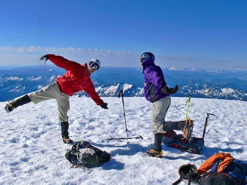 Gimpilator and Redwic having Fun on Glacier Peak
