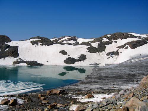 New Lake 11,000
