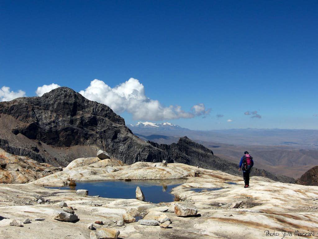 Coming back toward the camp, Nevado Vallunaraju