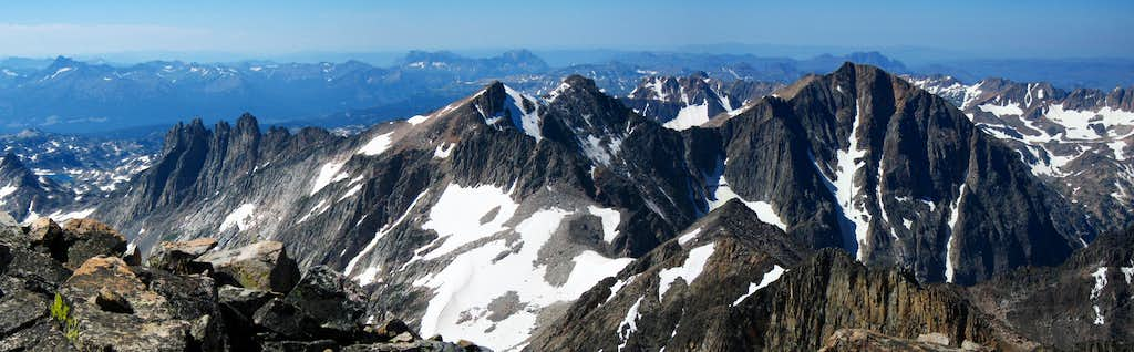 Glacier Peak area panorama