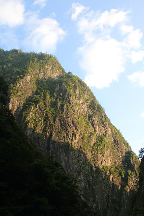 Shimenguan Gorge Wall