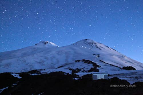 Elbrus at night