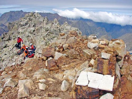 Summit of Gourgs Blancs