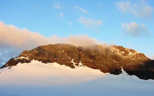 Sonklarspitze at sunrise