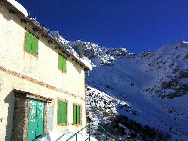 The Bietti hut.