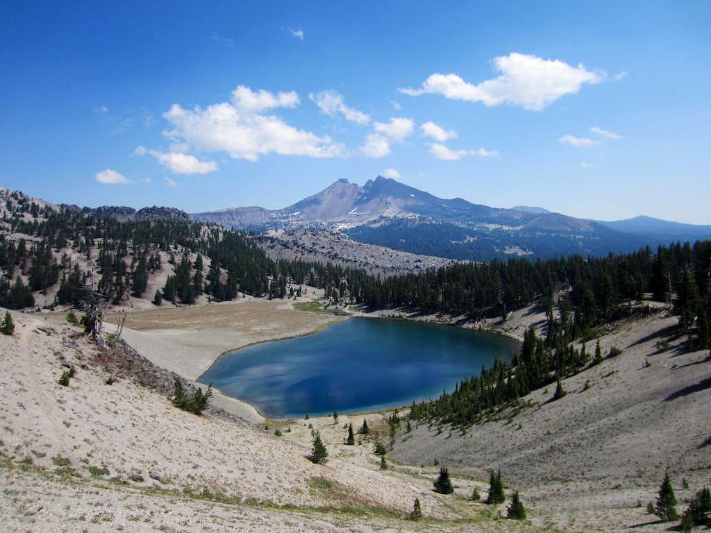 Broken Top and Moraine Lake