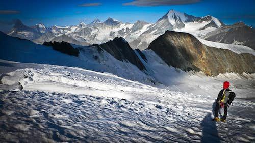 Descending endless glaciers to the Festijoch.