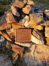 Harry Winstone Memorial