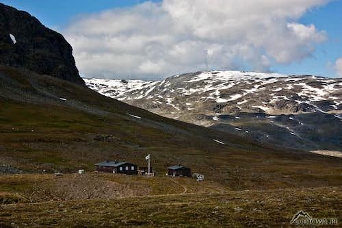 Tjaktja mountain station