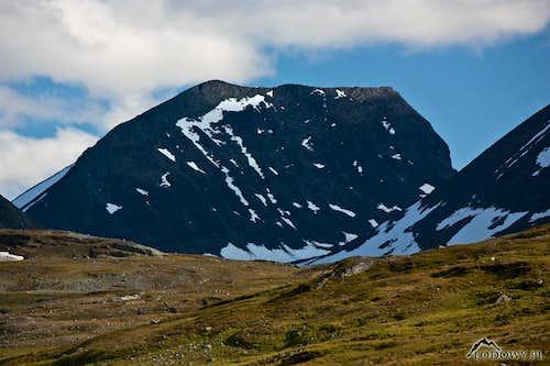 Sielmatjakka peak from Alisvaggi