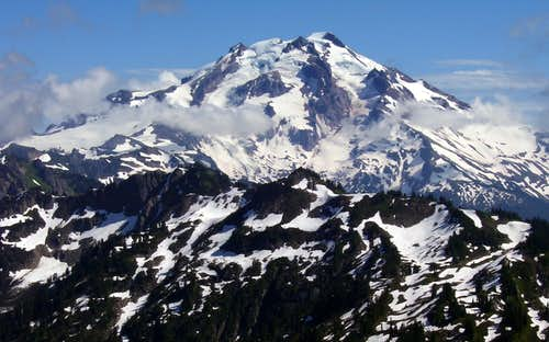 Glacier Peak from Meadow Mountain