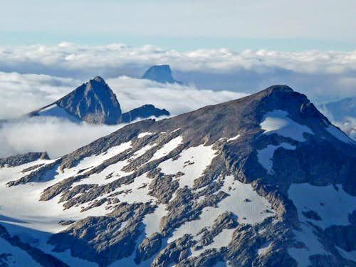 Primus and Luna Peak