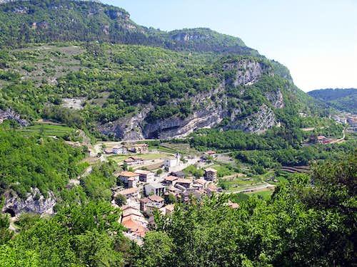 Manzano village