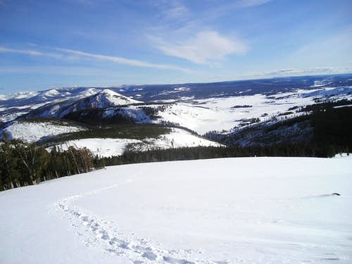 Hiking up Sepulcher in the winter