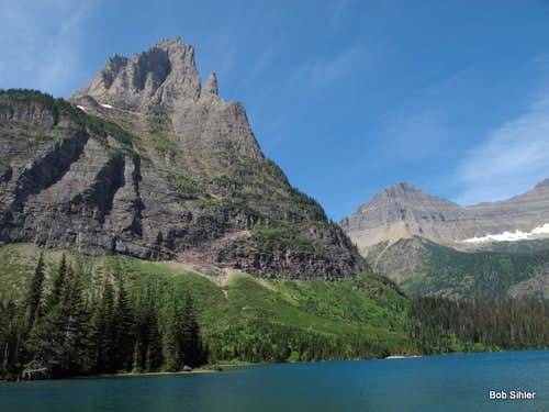 Pyramid Peak and Mokowanis Lake