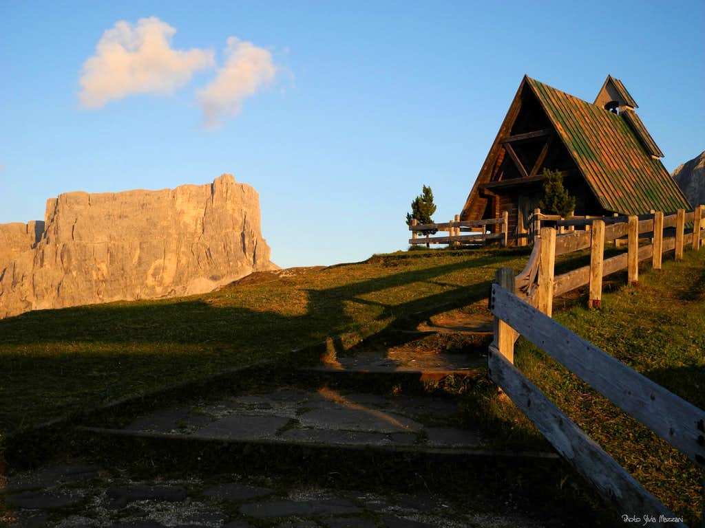 The little chapel on Passo Giau