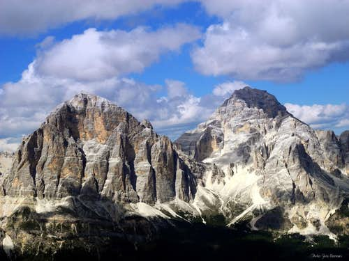 Tofana di Rozes and Tofana di Mezzo from Punta dei Lastoi