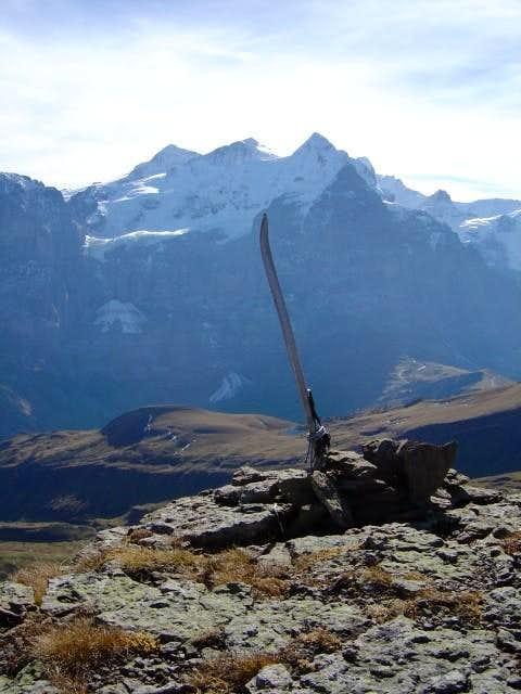 The summit of Garzen is less...