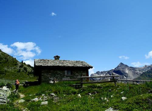 An old alp along the approach's path to Crête Sèche Hut