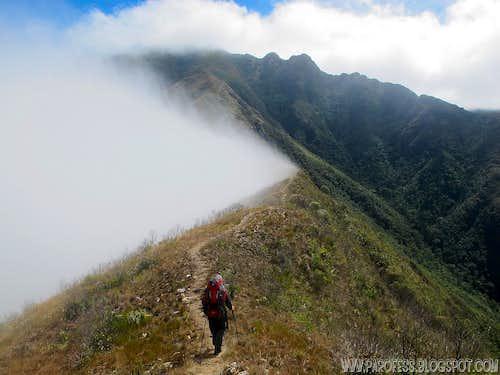 Peak bagging in Sierra Fina: Brazilian grand slam (part 1 of 2)