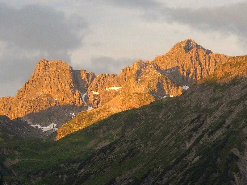 Wildgrubenspitze (2753m) in the early morning