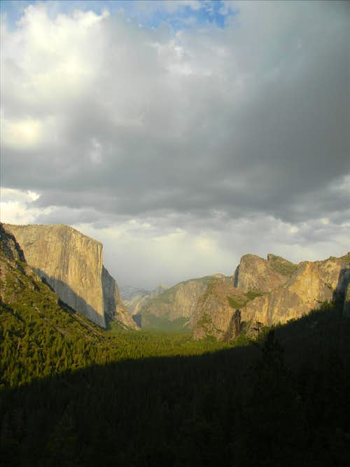 Tunnel view with clouds
