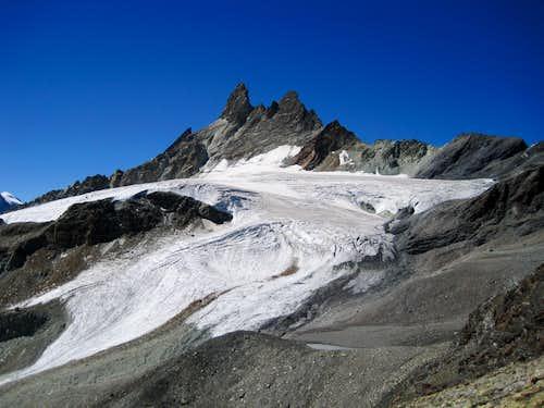 Aiguilles Rouges d'Arolla from summit of Mont de l'Etoile