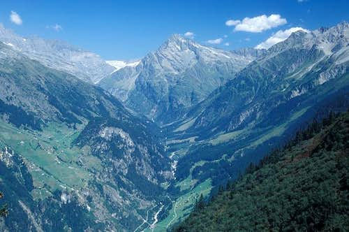 the beautiful Maderanertal...