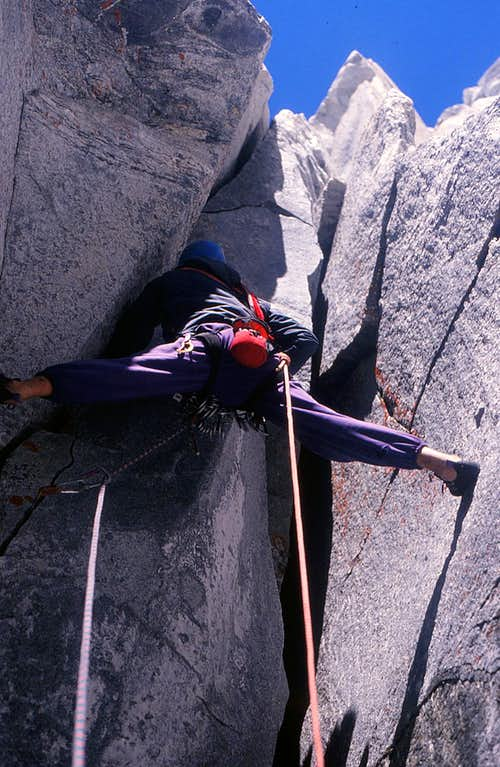 Climbing Sundog buttress on the Blade, Mt Waddington area