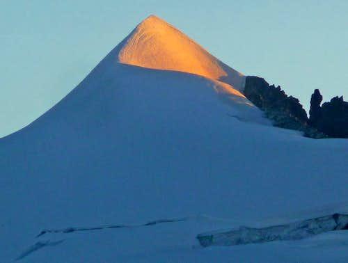 Alpenglow on Eldorado's Summit