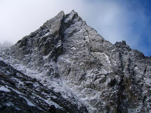 McClellan Peak, Dragontail Peak