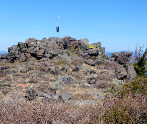 The true summit of Babbitt Peak