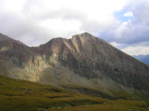 Bretterwandspitze (2884m) is...