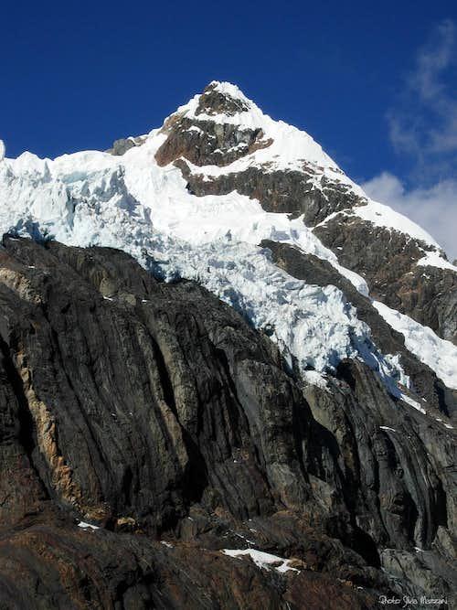 The mighty shape of Nevado Milpocraju