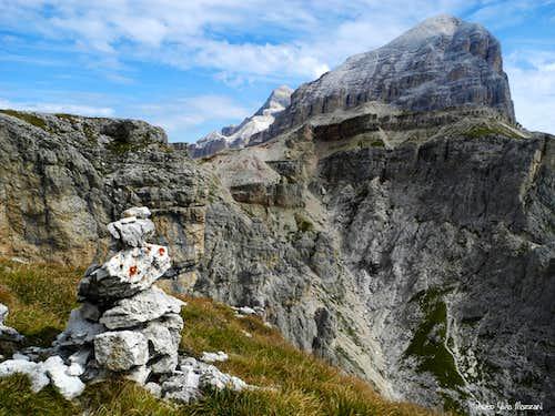Torre Grande di Falzarego summit cairn and Tofana di Rozes