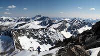 nearing Oval Peak