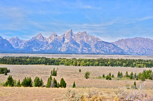 Distant shot of The Tetons