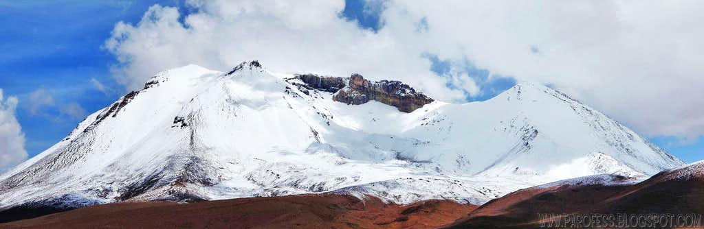 Cañapa volcano snow capped