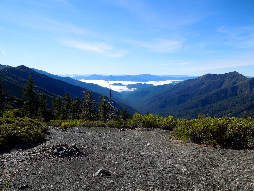 Stuart Fork-Canyon Creek Divide