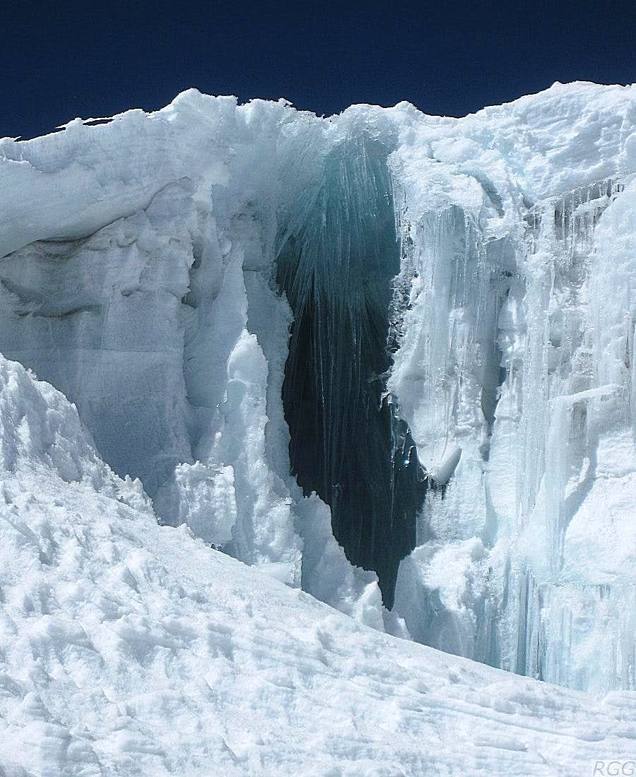 A sideways view of a hidden crevasse along the NW route on Ishinca