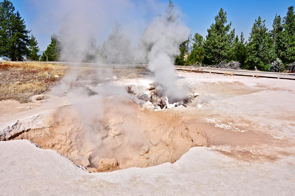 Active volcanic holes