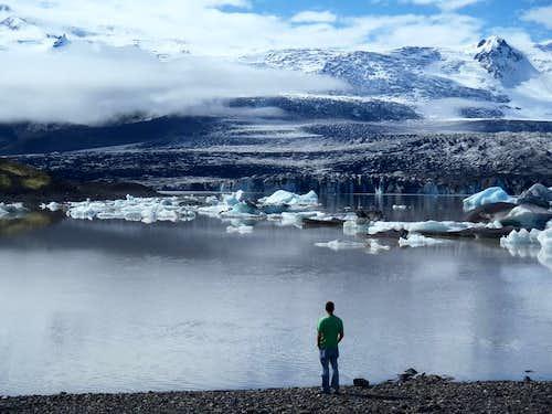 Grand View of Hvannadalshnukur and Vatnajokull National Park