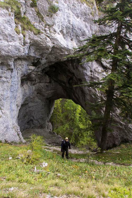 Uschowa Rock window