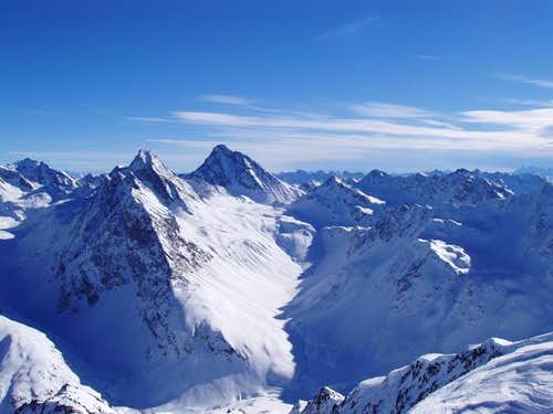 A winter view of Piz Linard\'s...