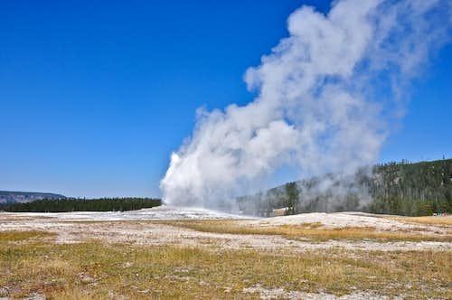2 minutes into eruption