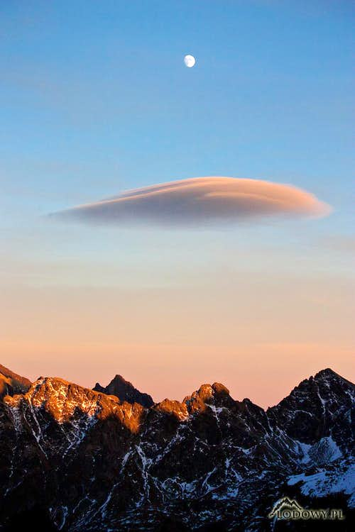 Moon & Flying Saucer over Tatras