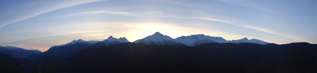 Tantalus Panorama