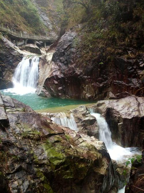 Cascades in Qinshui Valley