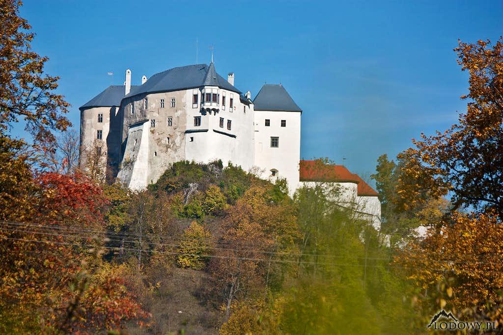 Slovenska Lupca castle hill